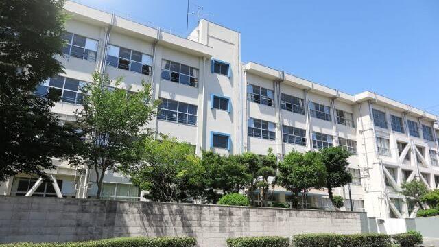 調査書が必要な東京の中学校